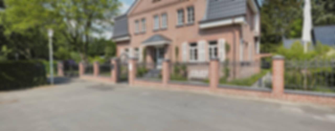 Casas de estilo  por 28 Grad Architektur GmbH,