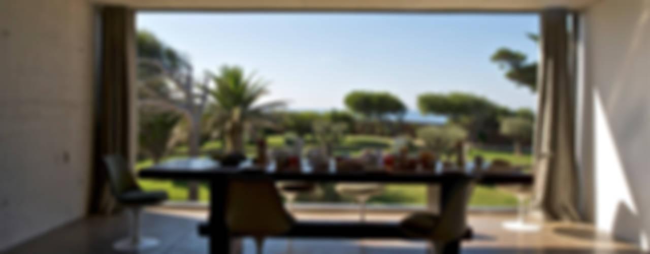 MOA architecture Ruang Makan Gaya Mediteran