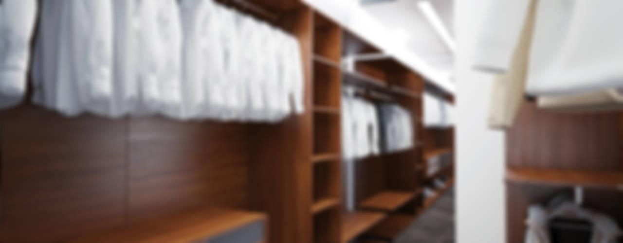 Closets  por DA-Design, Minimalista