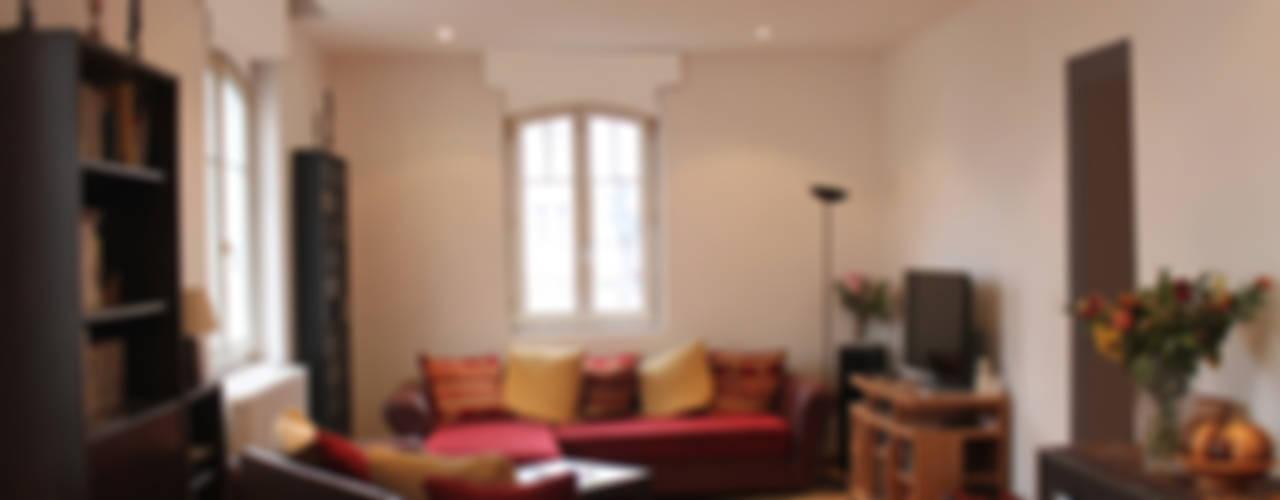ห้องนั่งเล่น by Agence ADI-HOME