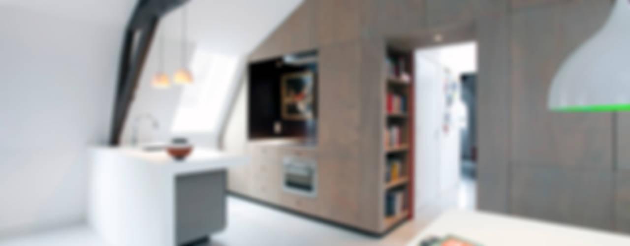Appartement in Utrecht :  Keuken door studio KAP+BERK
