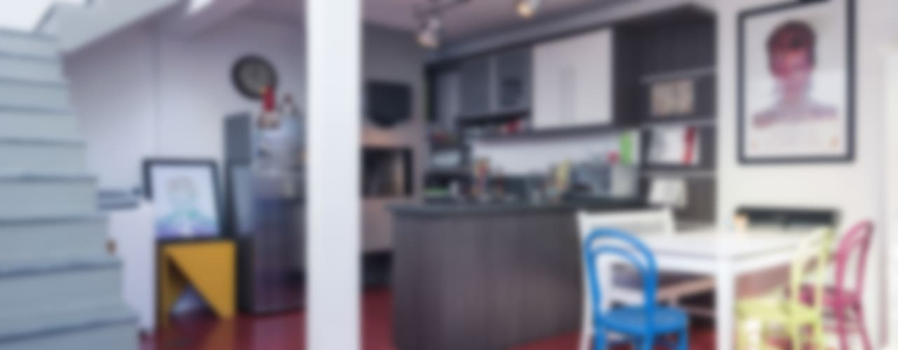 Casa Estúdio MC: Cozinhas  por Blacher Arquitetura