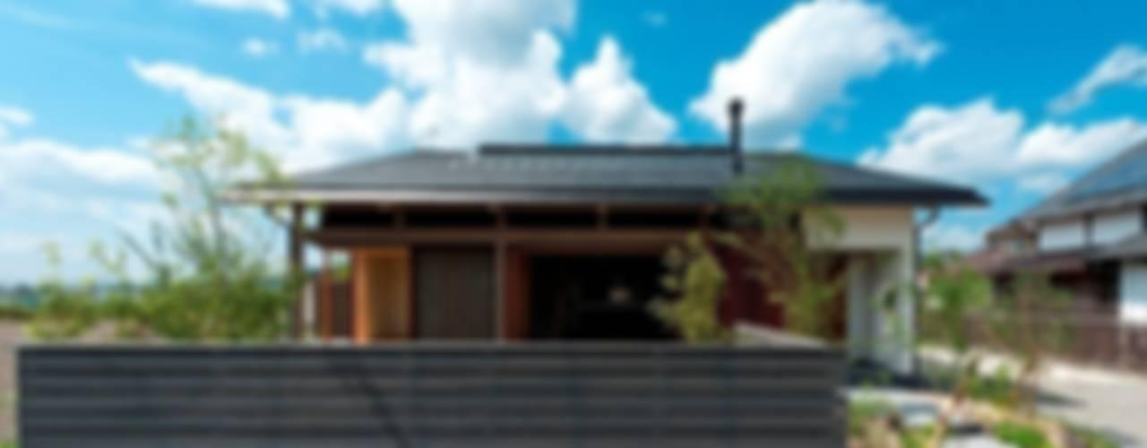 うきはの家 日本家屋・アジアの家 の AMI ENVIRONMENT DESIGN/アミ環境デザイン 和風