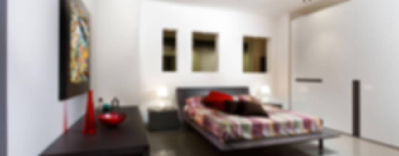 Interni: spazi e arredi Negozi & Locali commerciali in stile minimalista di Pansera Mobili Minimalista