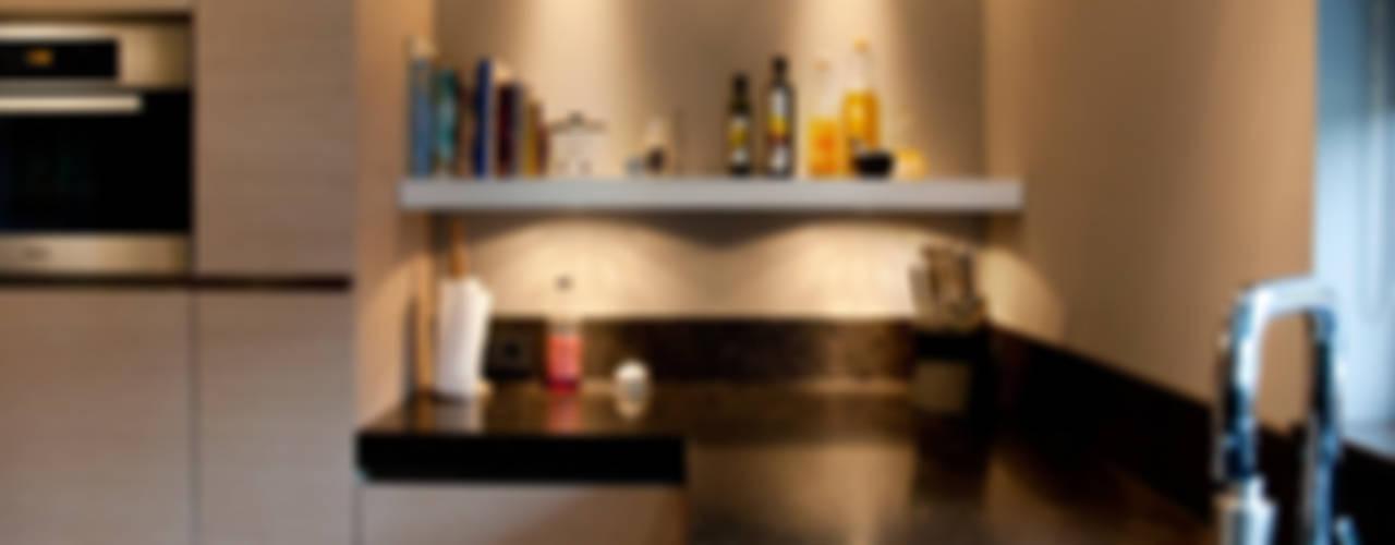 Woonkeuken Moderne keukens van Grego Design Studio Modern