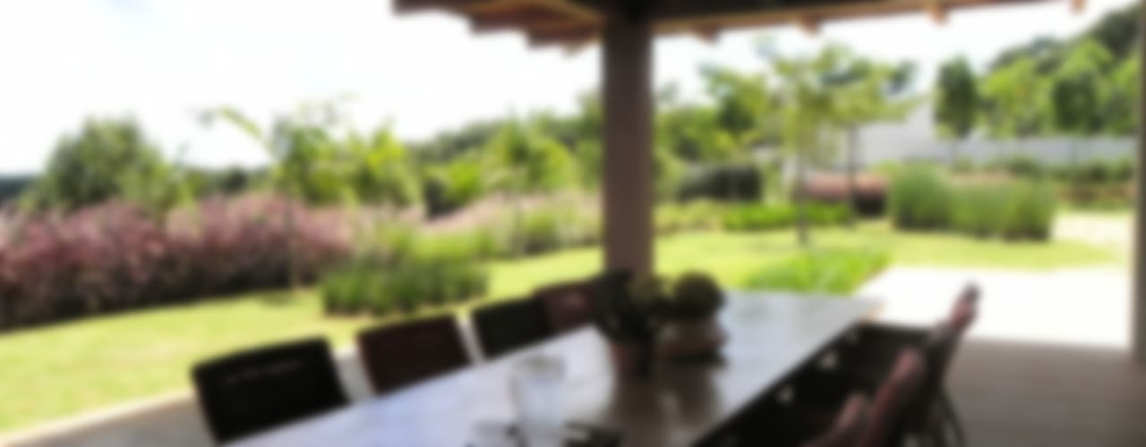 Jardins campestres por homify Campestre