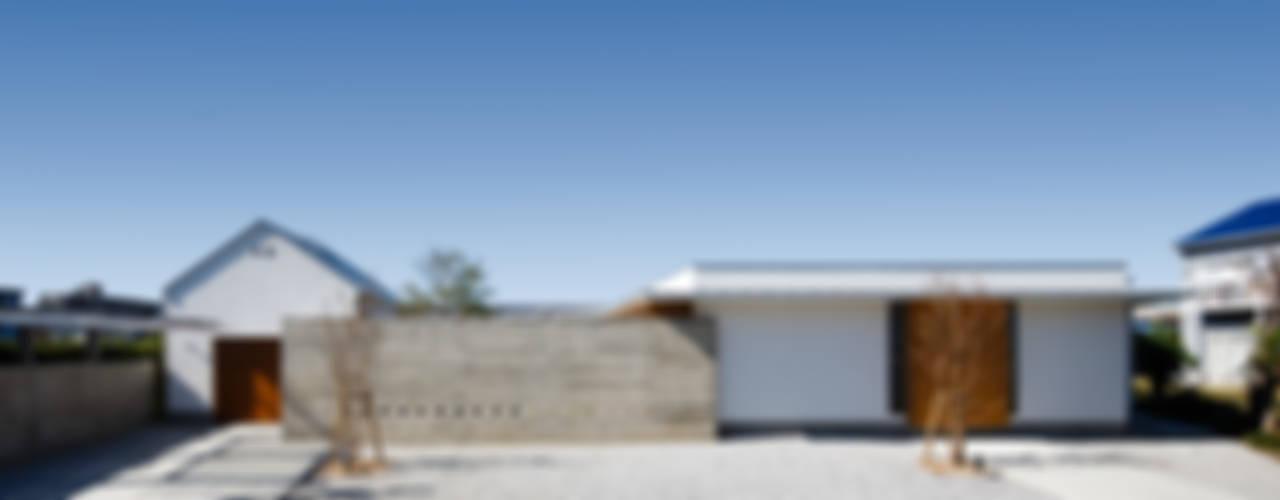 窪江建築設計事務所 Modern home