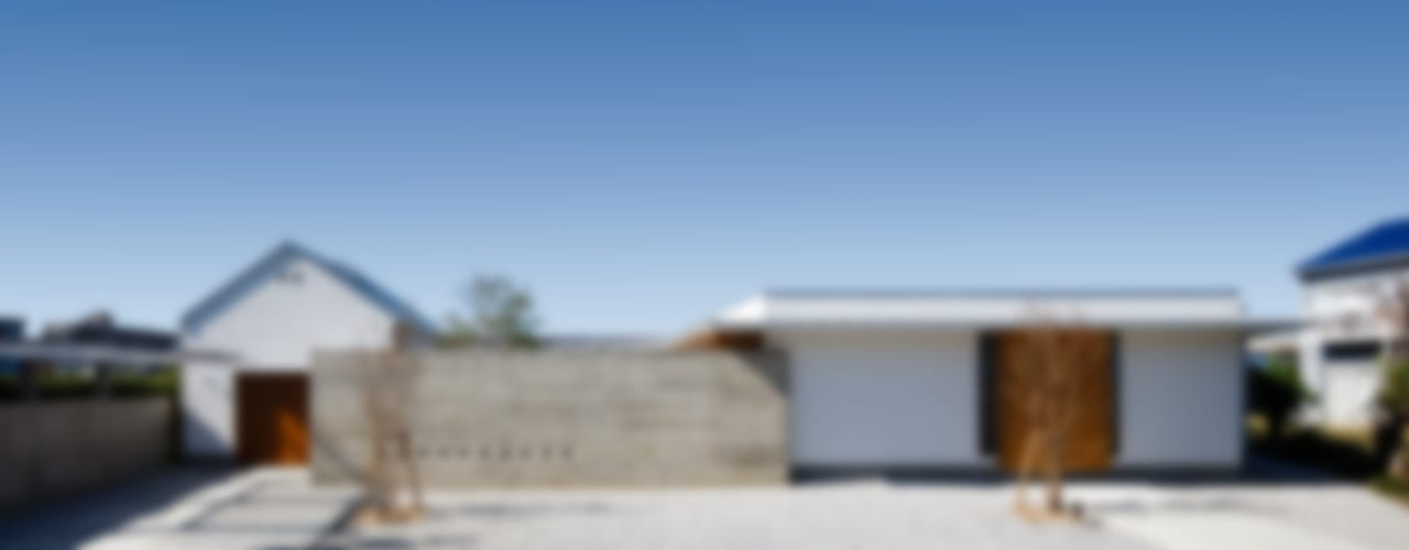 Maisons modernes par 窪江建築設計事務所 Moderne