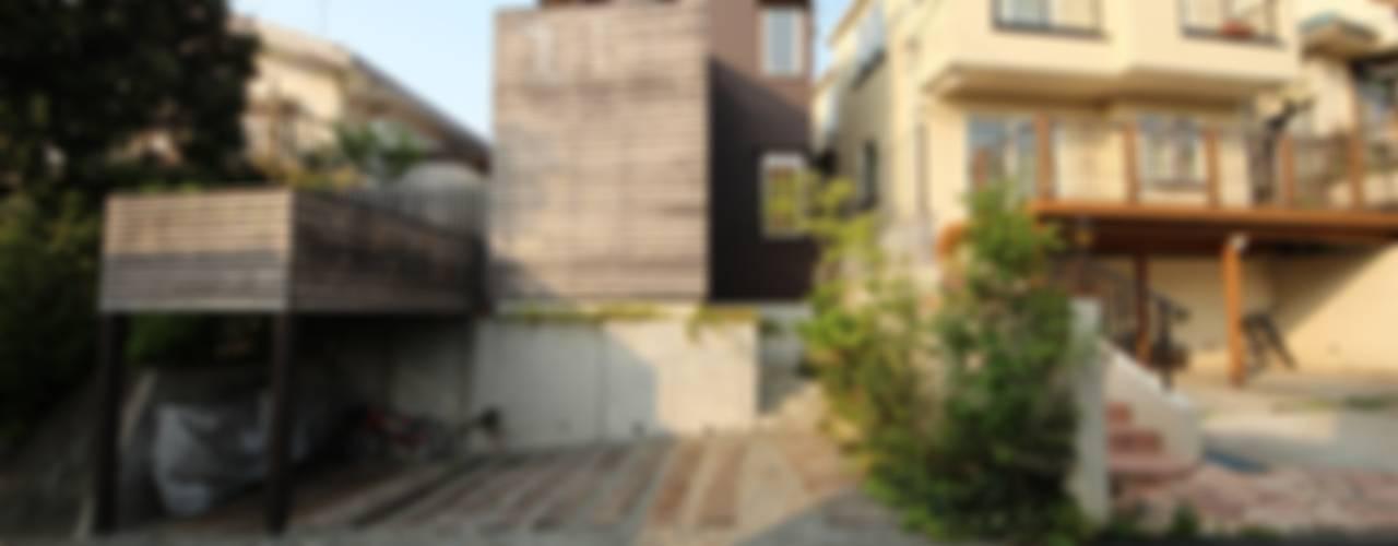 Houses by 新井アトリエ一級建築士事務所,