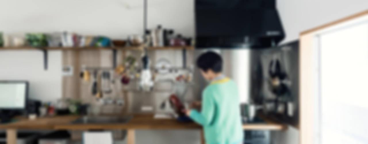 Re:Toyosaki: coil松村一輝建設計事務所が手掛けたキッチンです。