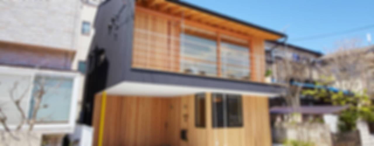 모던스타일 주택 by 一級建築士事務所co-designstudio 모던