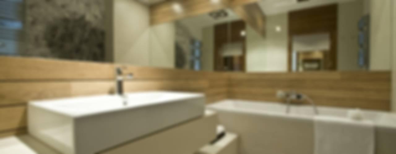 Dom prywatny w Gdynia 2010: styl , w kategorii Łazienka zaprojektowany przez formativ. indywidualne projekty wnętrz,Nowoczesny