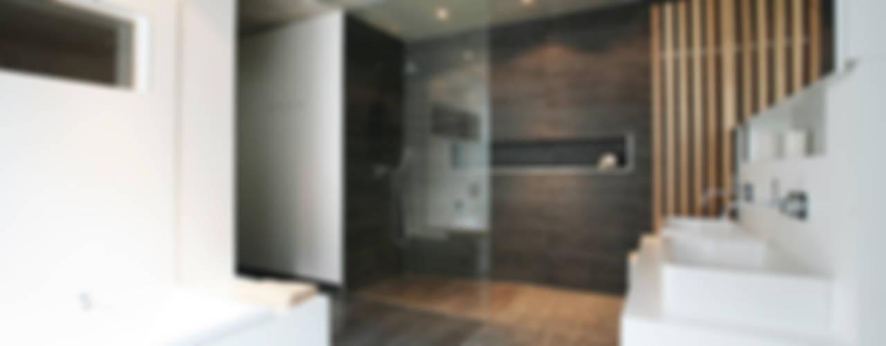 Badkamer door Markus Gentner Architekten,