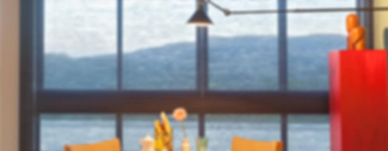 CASA COR - LOFT MULHER MODERNA Salas de jantar modernas por Isabela Bethônico Arquitetura Moderno