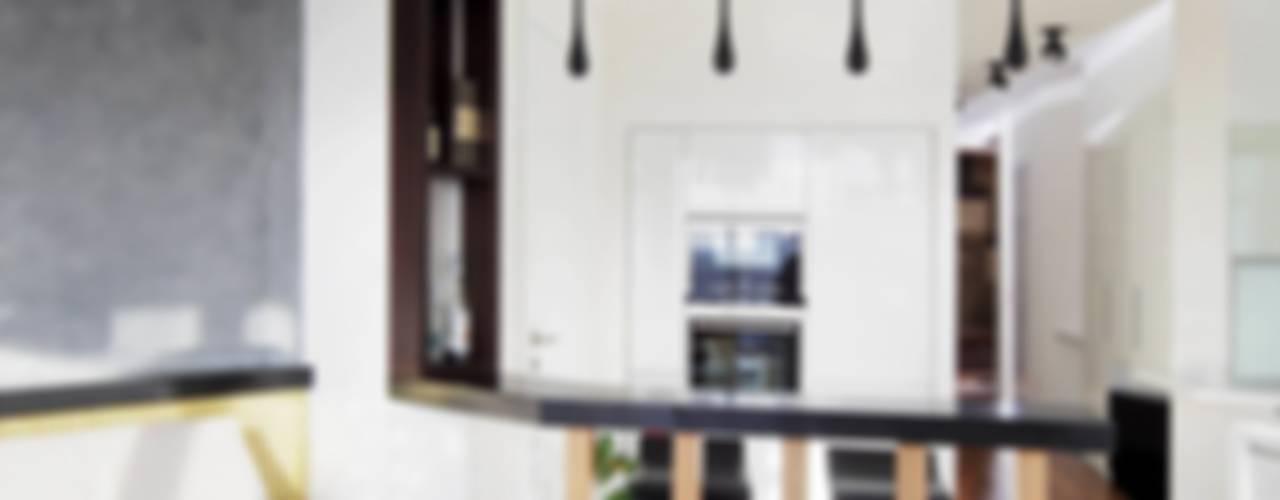 Квартира по ул. Февральской Революции Гостиная в стиле минимализм от Галина Глебова Минимализм