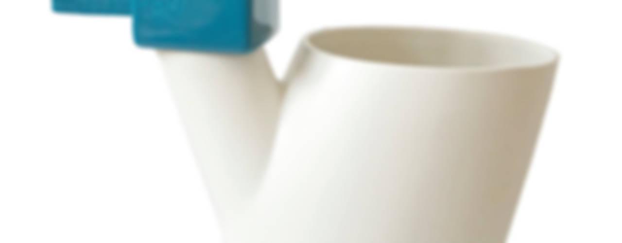 Vaas & gieter van Ping & Moos Minimalistisch