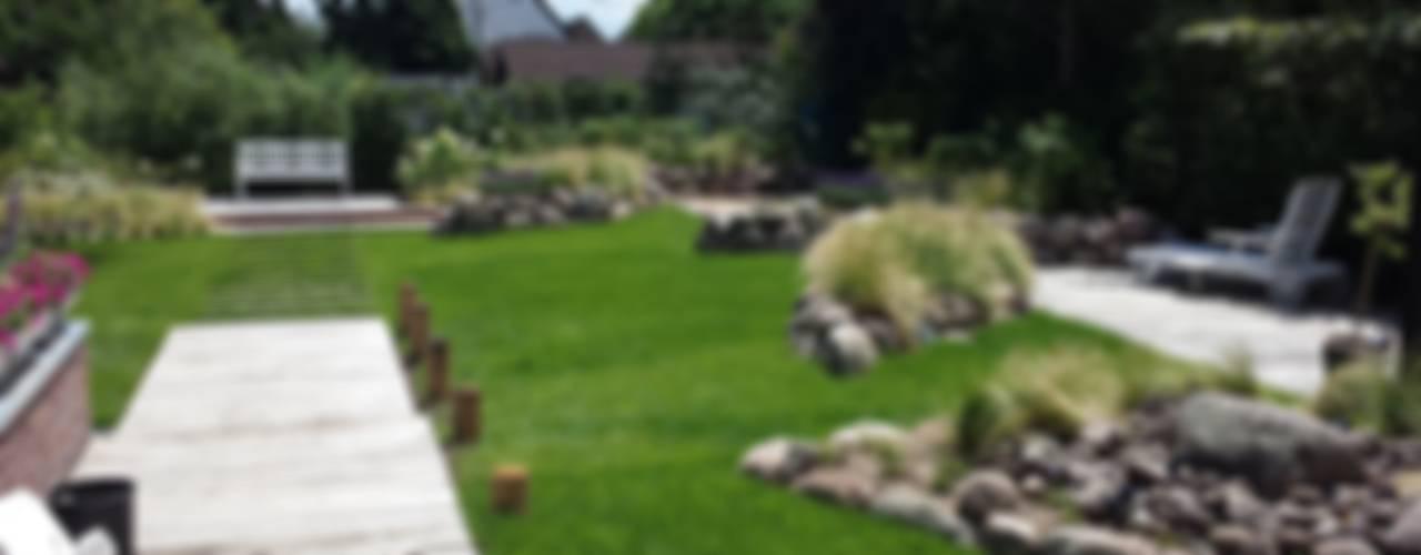 モダンな庭 の SUD[D]EN Gärten und Landschaften モダン