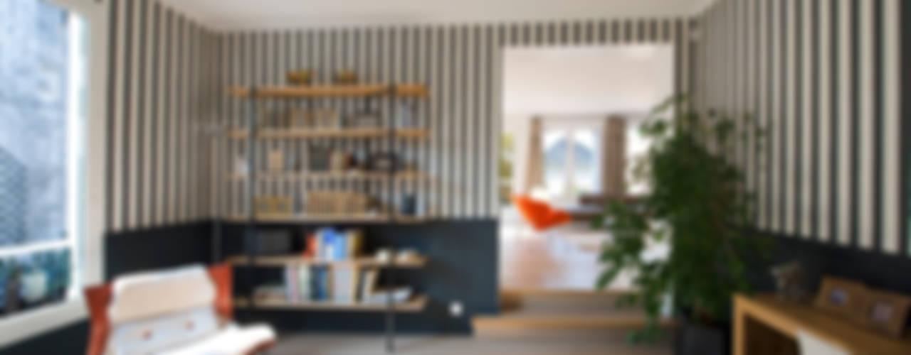 Maison individuelle Le Chesnay Bureau moderne par Hélène de Tassigny Moderne