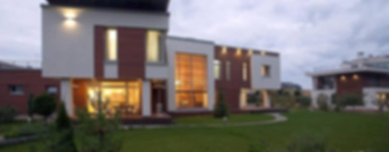 Modern Houses by NefaProject Modern