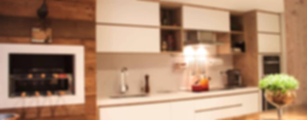 Dapur Gaya Eklektik Oleh Sarah & Dalira Eklektik