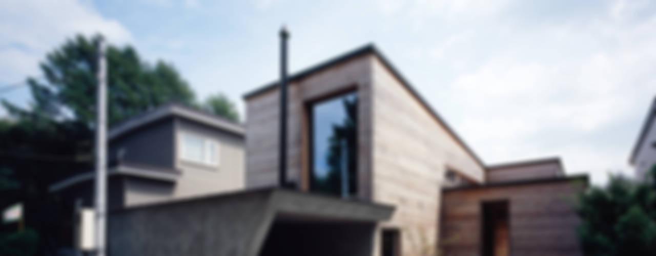 唐松: 合同会社永田大建築設計事務所が手掛けた現代のです。,モダン