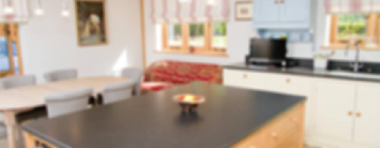 Barn Conversion de Design by Deborah Ltd Rural