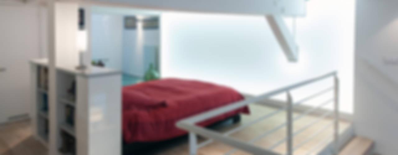 Un loft plus lumineux Chambre moderne par Fables de murs Moderne
