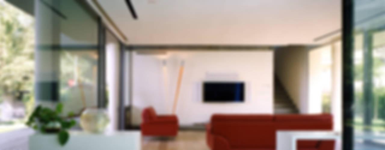 HSBC – housescape reggio emilia Soggiorno moderno di NAT OFFICE - christian gasparini architect Moderno