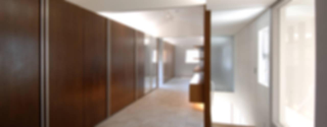 泉台の家 オリジナルスタイルの 寝室 の 株式会社ギミック オリジナル