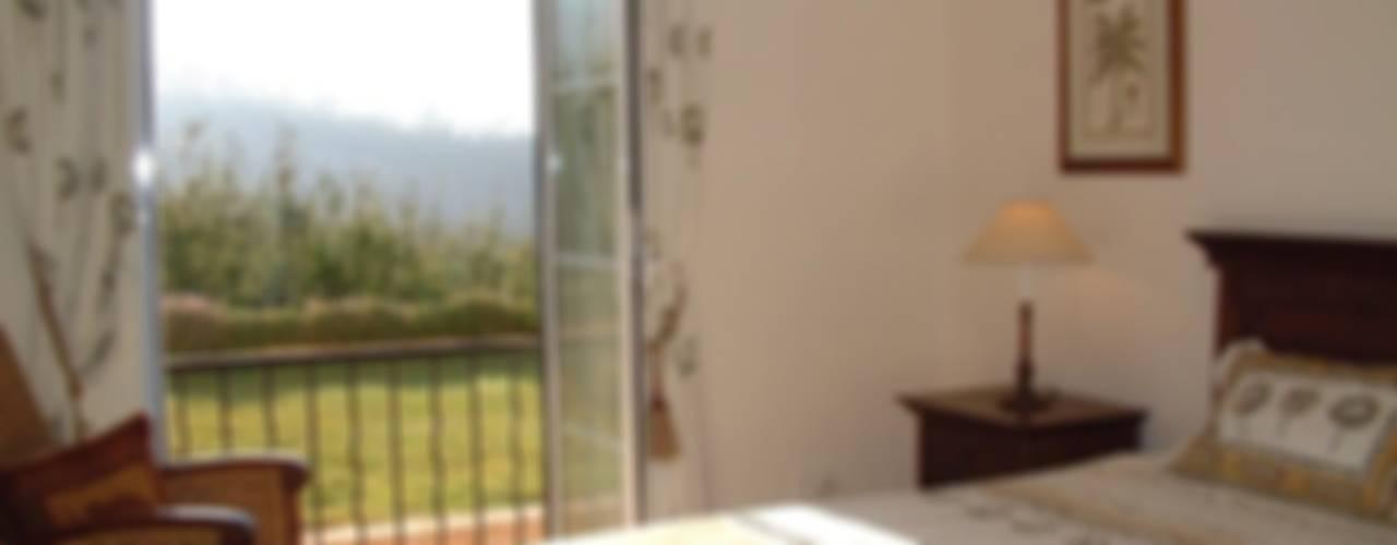 Дом в Южной Африке: Спальни в . Автор – Елена Вэлхли, Колониальный