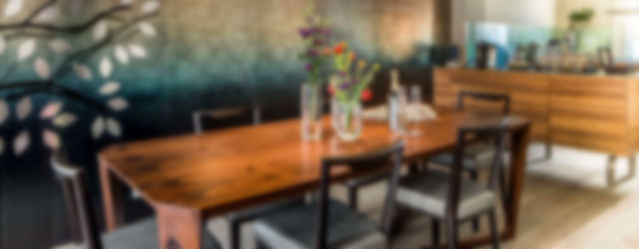 Salas de jantar modernas por Ethnic Chic - Home Couture Moderno