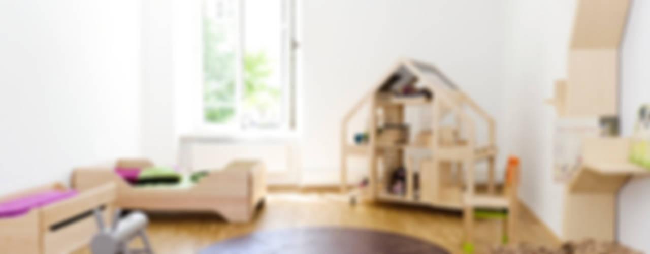 Kalon Studios Modern Furniture Quarto infantil moderno por Bebemoda Moderno