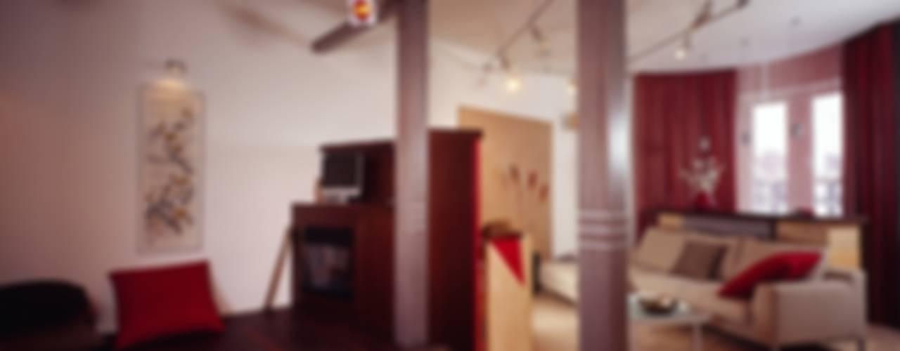 Да здравствует чил-аут!: Гостиная в . Автор – Studio B&L
