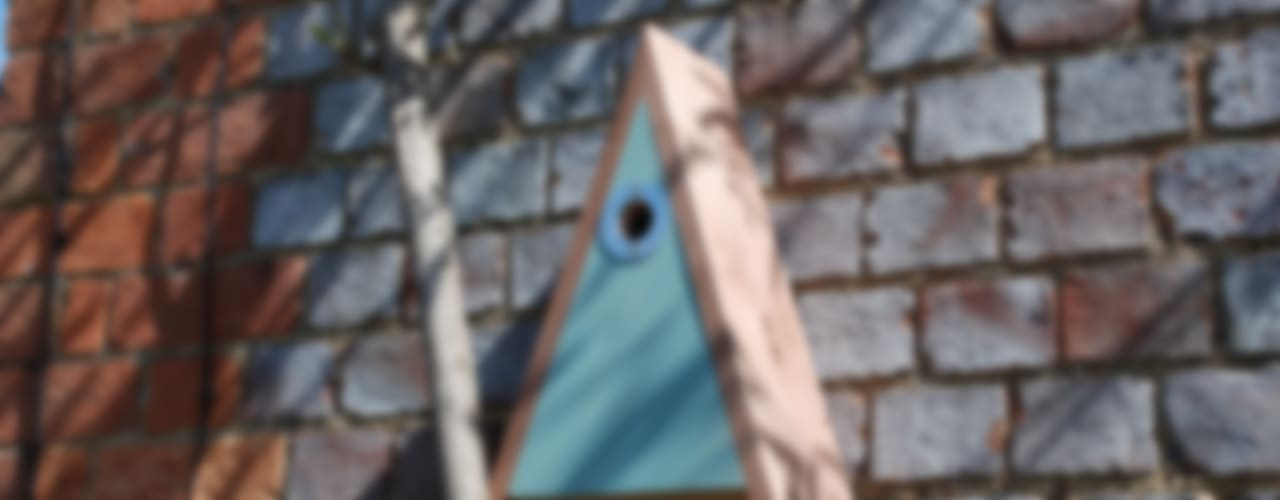 Bird box: modern  by Hen and Hammock, Modern