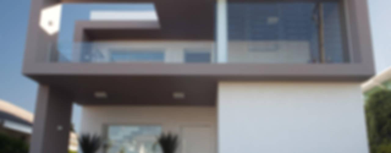 Tweedie+Pasquali Minimalist house