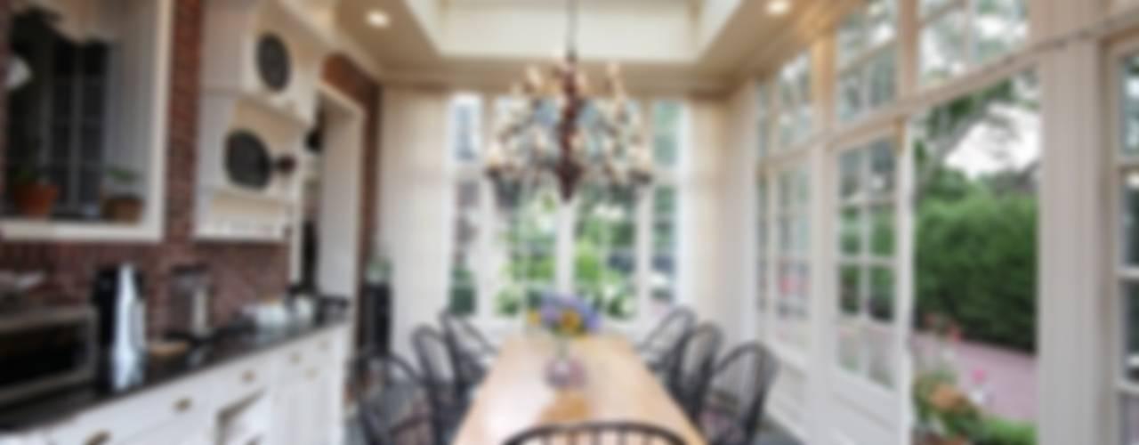 Hampton Conservatories & Orangeries Classic style conservatory by Hampton Windows Classic