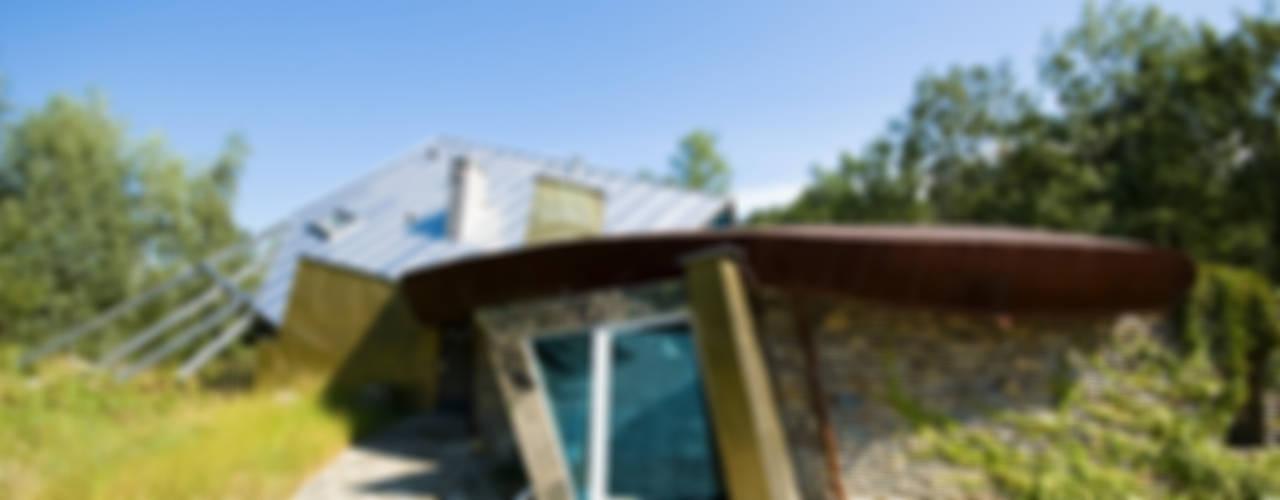 Maisons de style  par autorskie studio architektury, Moderne