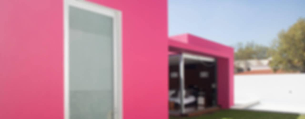 Дома в стиле минимализм от Echauri Morales Arquitectos Минимализм