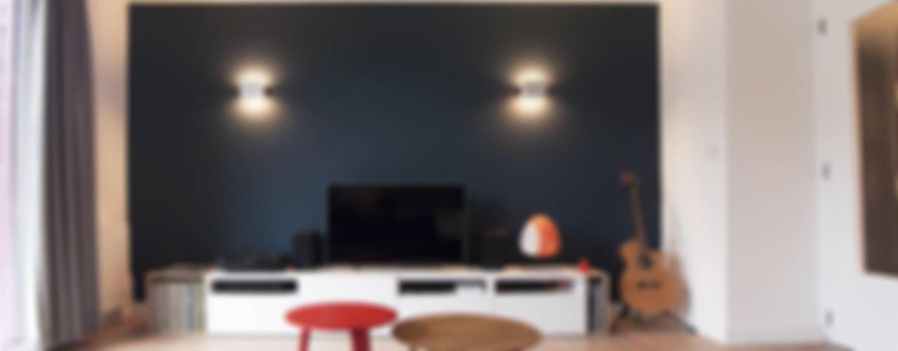 Appartement à Annecy Antoine Chatiliez Salon moderne Bois Bleu