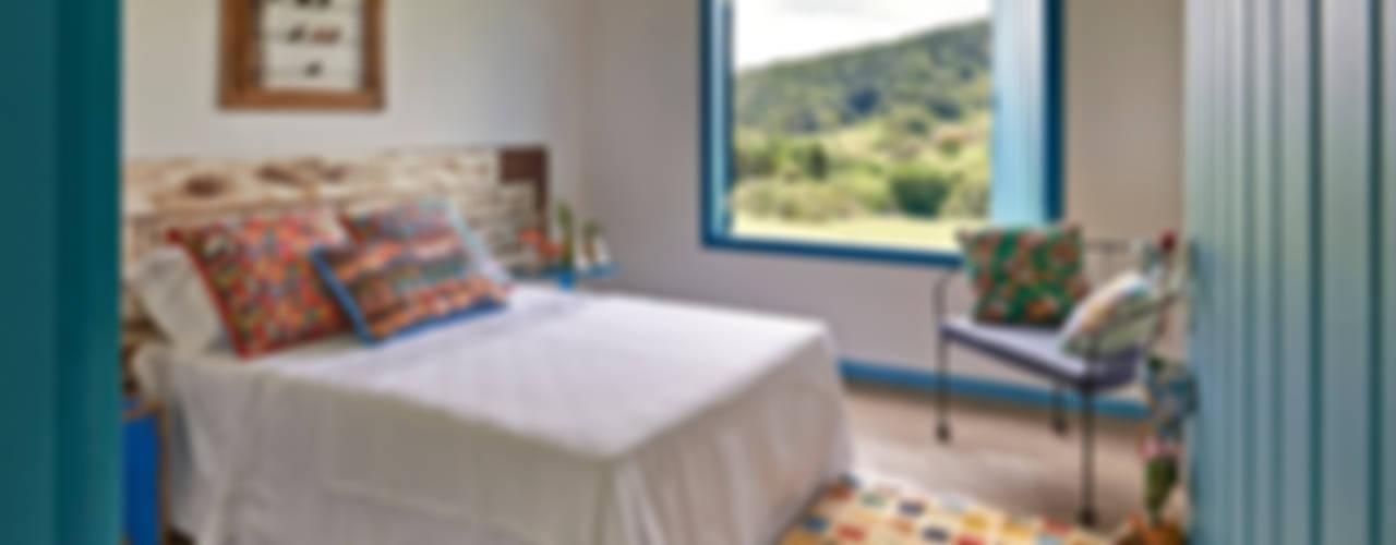 Habitaciones de estilo  por Beth Marquez Interiores,