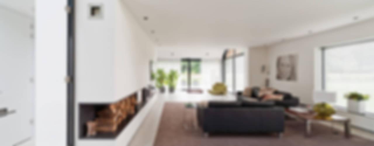 Woonhuis Nijverdal Moderne woonkamers van Beltman Architecten Modern