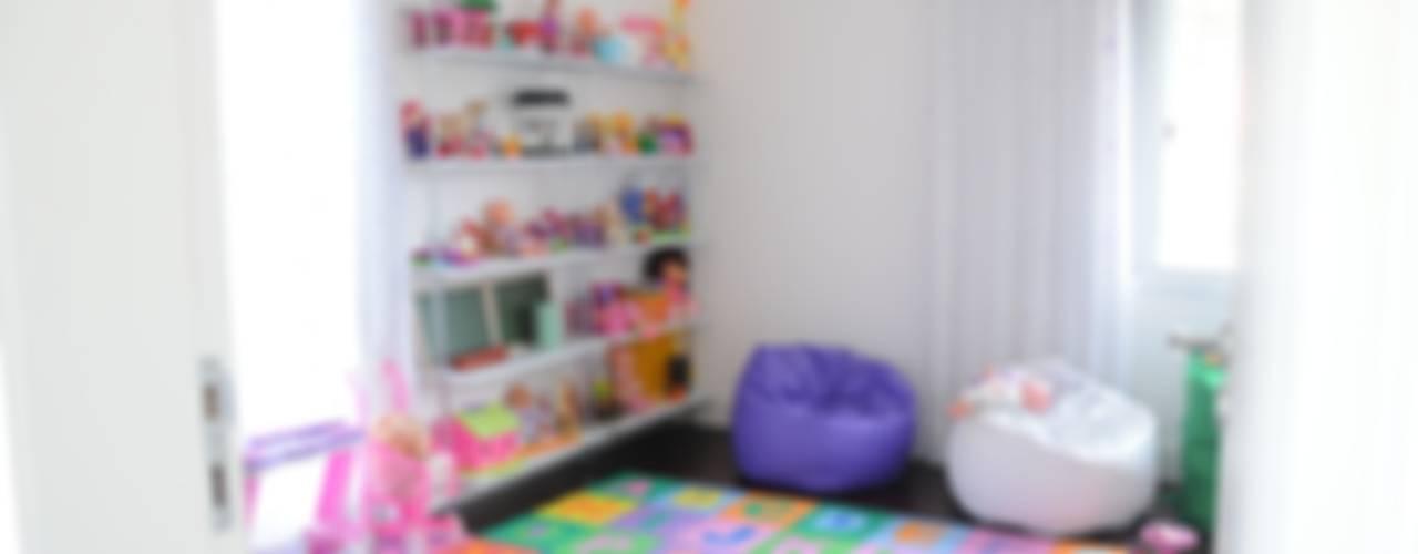 CASA SWISS PARK I Quarto infantil moderno por Renata Amado Arquitetura de Interiores Moderno