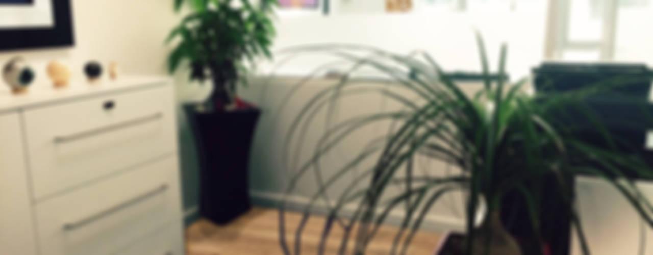 Oficinas y comercios de estilo moderno de Spazio3Design Moderno