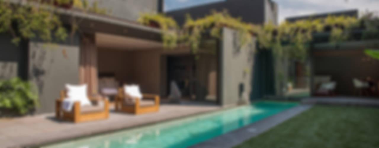 Casa Barrancas Albercas minimalistas de Ezequiel Farca Minimalista