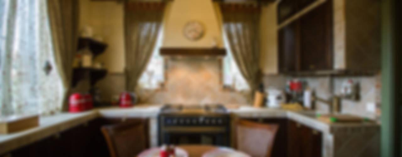 ИНТЕРЬЕР В СТИЛЕ КАНТРИ Кухня в стиле кантри от Студия интерьерного декора PROSTRANSTVO U Кантри