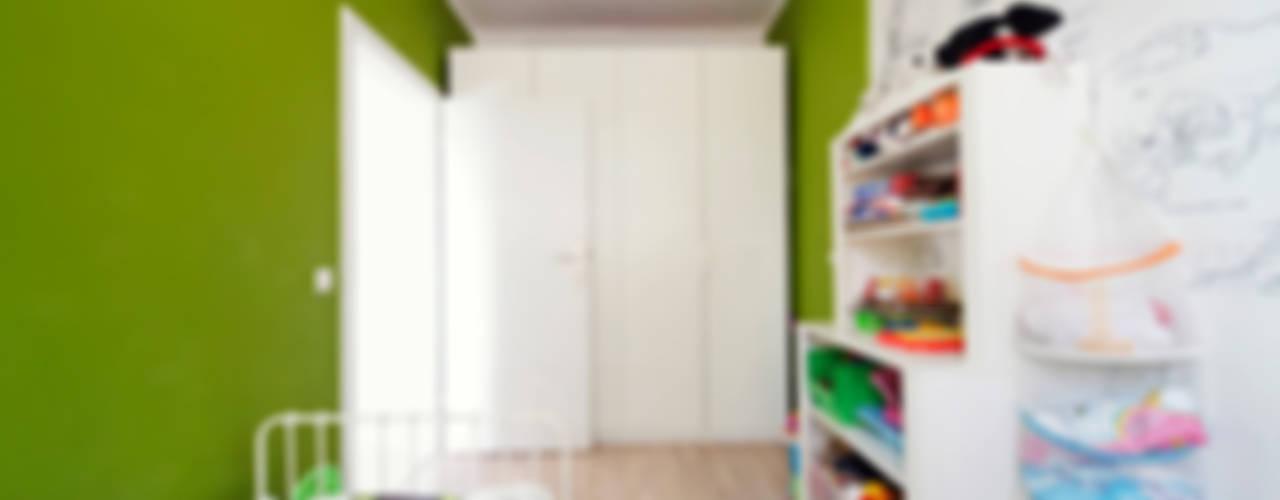 FAMILY_ONE: styl , w kategorii Pokój dziecięcy zaprojektowany przez SUMA Architektów,Nowoczesny