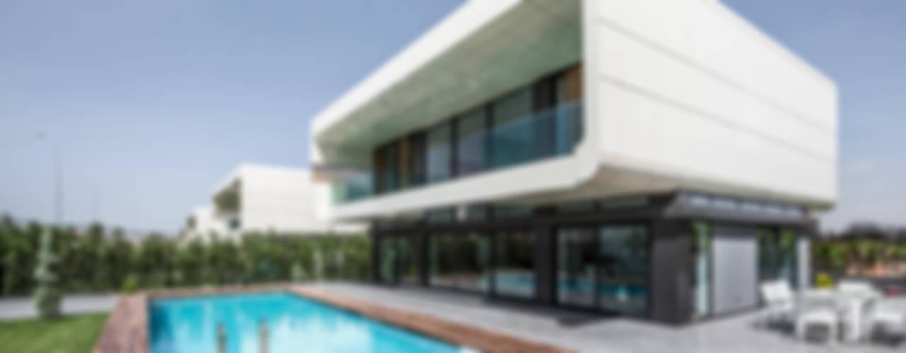 BK House Casas estilo moderno: ideas, arquitectura e imágenes de Bahadır Kul Architects Moderno