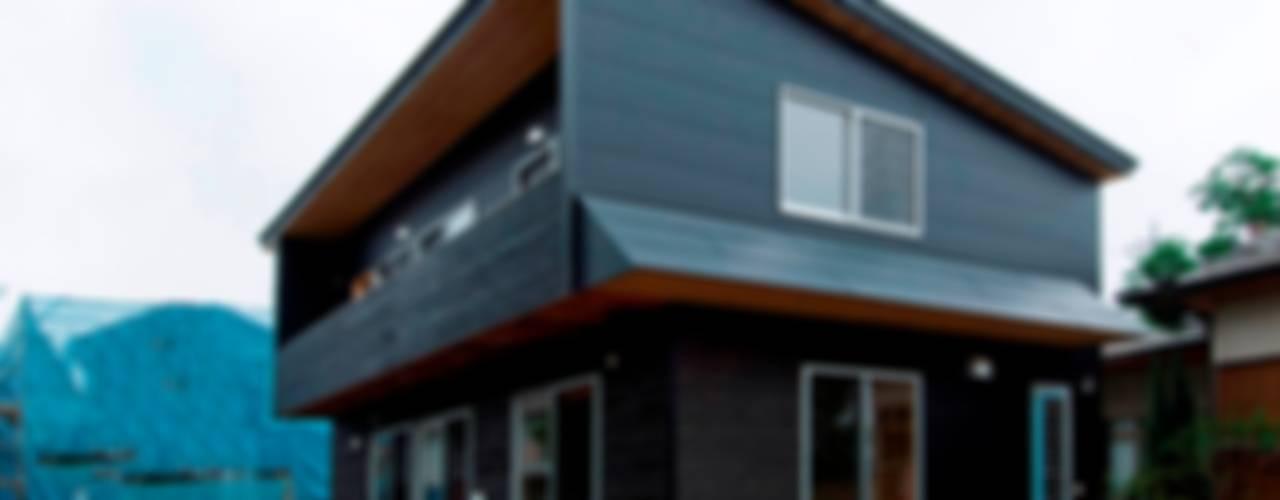 Houses by 氏原求建築設計工房, Rustic