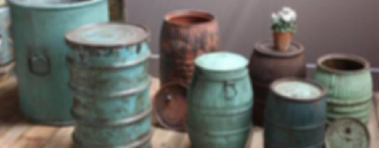 Recycled Drum Planters de Vintage Archive Ecléctico