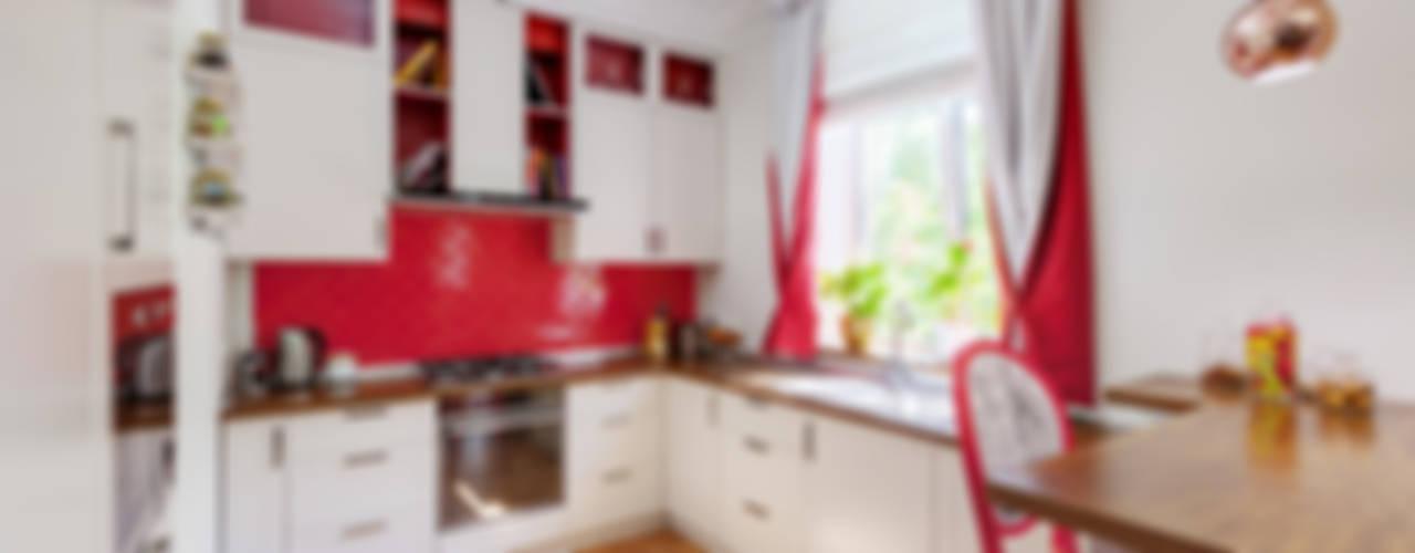 Kitchen by U-Style design studio,
